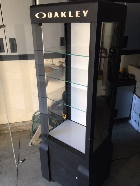 Mega Tower 3.2 Display Case  SOLD - Case5.JPG