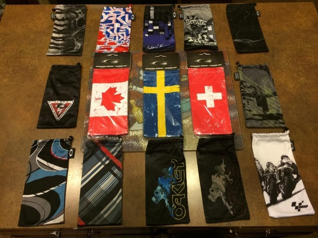 Large Lot Special Limited Country Flag Edition Microfiber Bags - 15 TOTAL - CC246115-A62D-4C1C-8FDB-0978A470B169.jpg