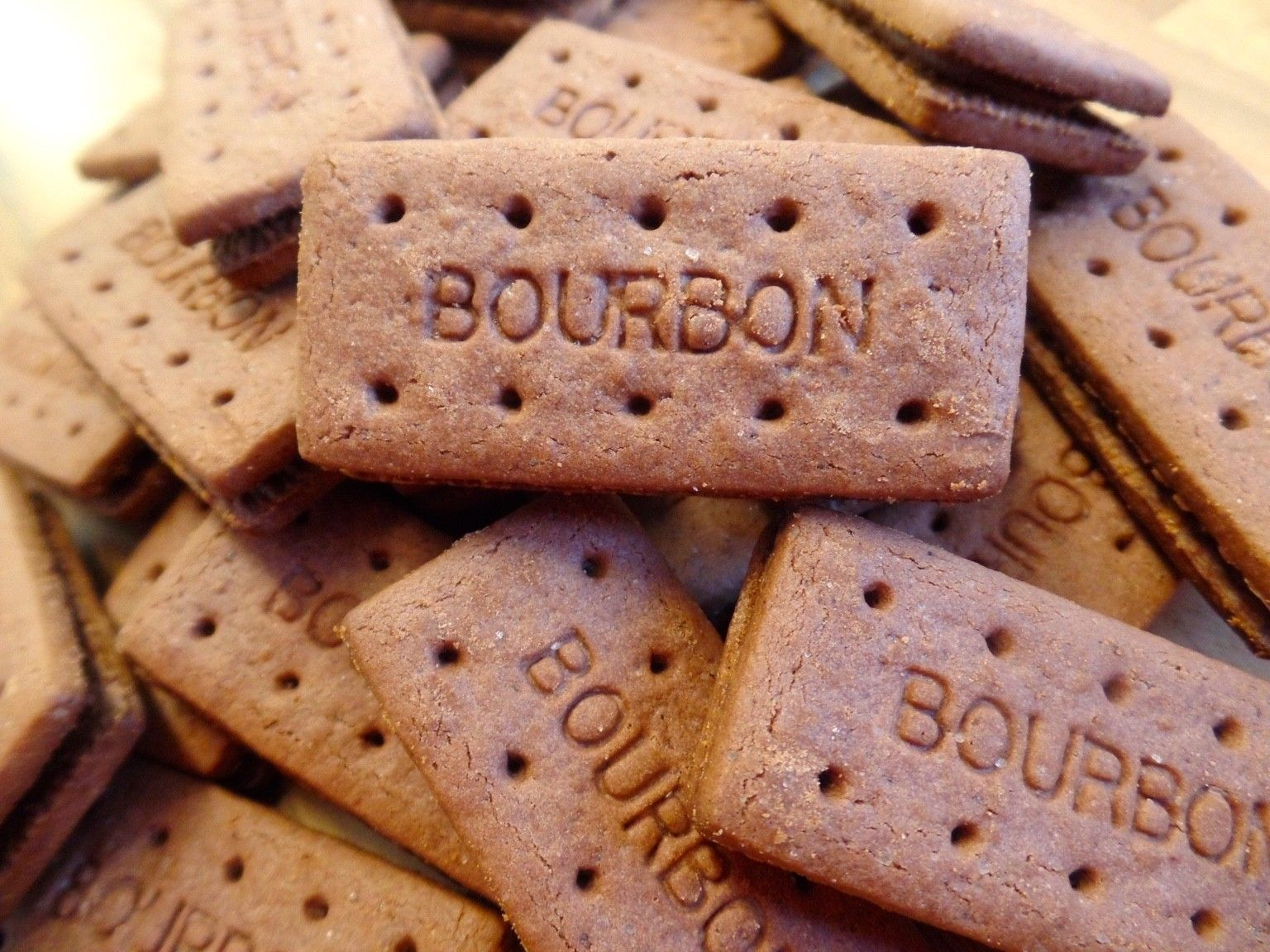 Any bourbon lovers here? - cce0093db53ebe10d6b50a08ce8a4146.jpg