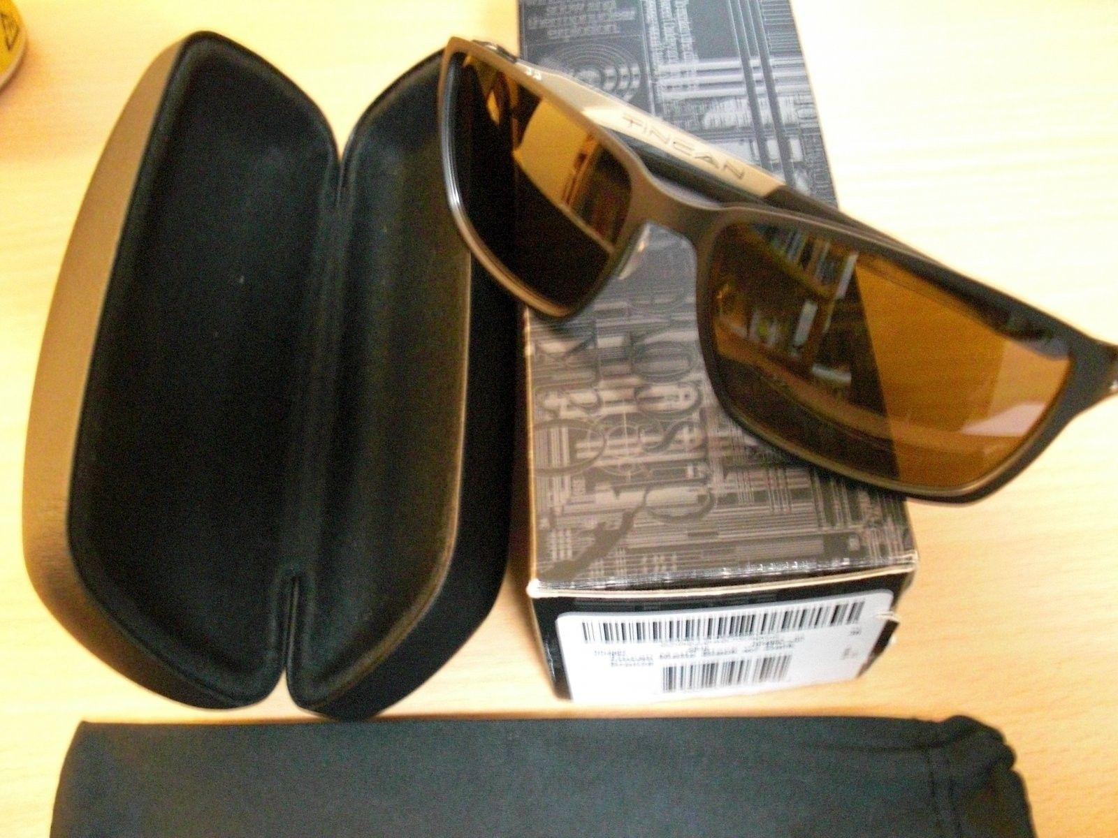 Tincan (matte Black/dark Bronze) - CIMG4263.JPG