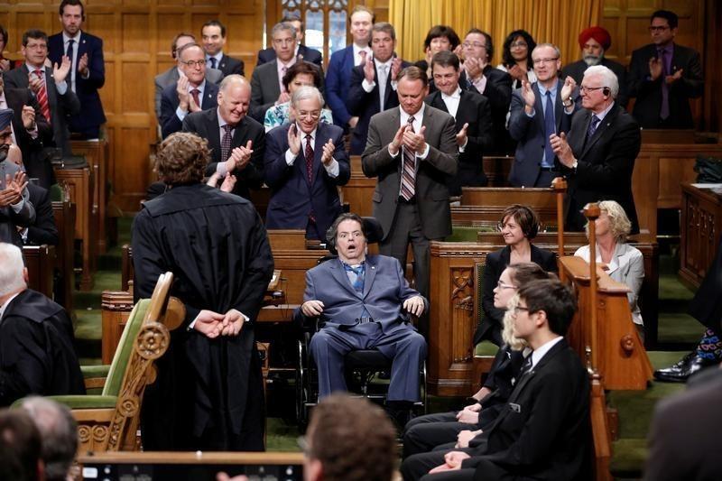 O Canada, why must you suck so much ? - ClC1TcUWkAAEG7j.jpg