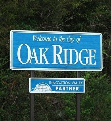 - My/Our Disastrous TN Move ... (A Photo Essay) - Copy_of_Oak_Ridge_sign1_zps8aa1iuno_edit_1424594625029_zps6hexw6pz.jpg