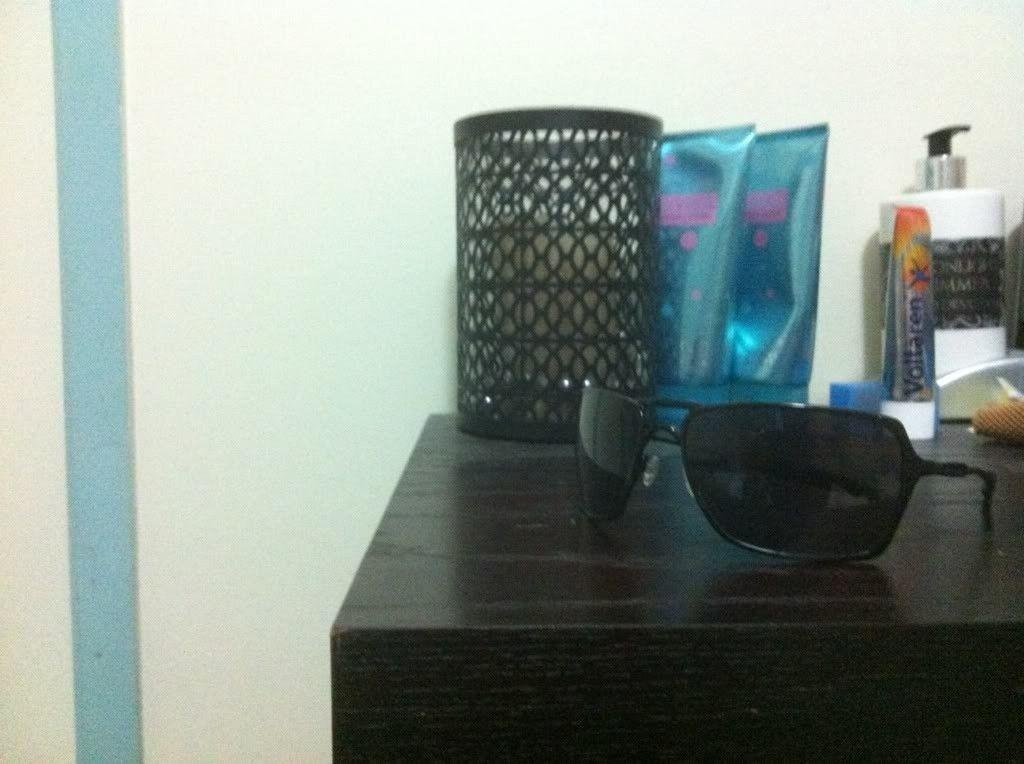 2 Pairs Of Inmate Sunglasses - d1779b51.jpg