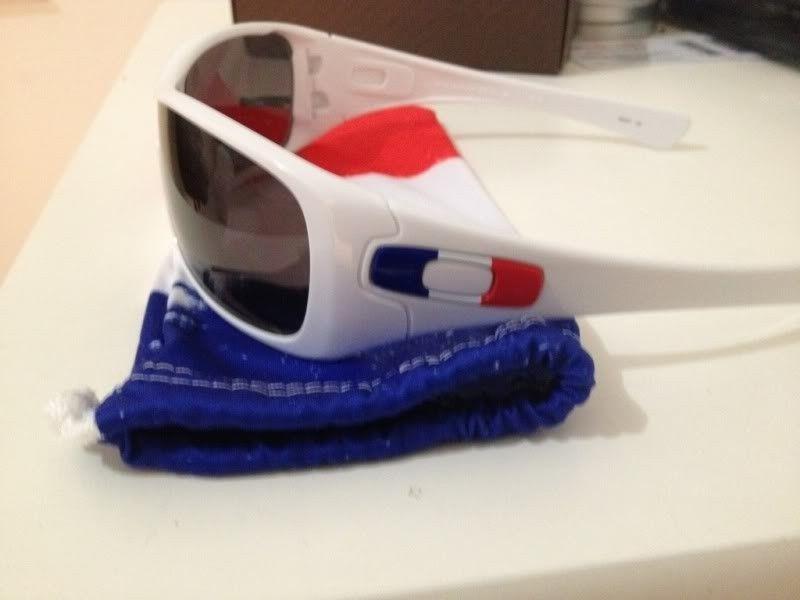 WTT/WTS: Antix France Flag Edition - D33B83BF-9BD7-476D-B172-5177C77FB981-254-000000147B3E836E.jpg