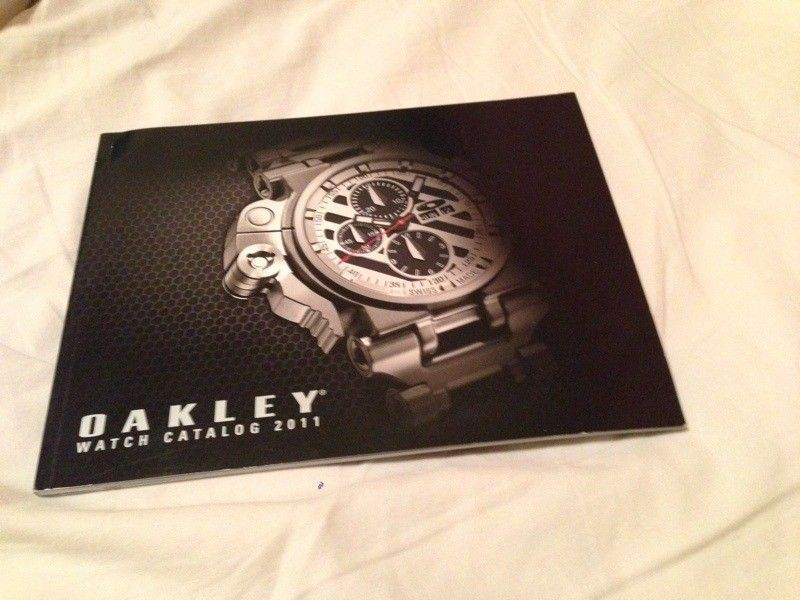 2011 Watch Catalog - D44F3988-8C1A-441D-89AA-A489259450DC-3102-000001AE0080D8CD.jpg