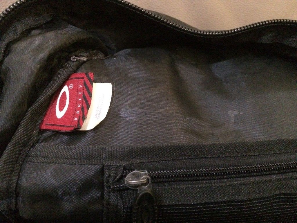 [Fake or Real? ] Identify an Oakley Backpack - D7A14A67-3D93-455B-BCAD-0A589637A312_zpswtshpzzs.jpg