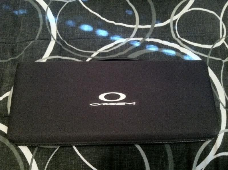 FS: New Oakley Repair Kit Case Rep/Store Case - d8be7b27.jpg