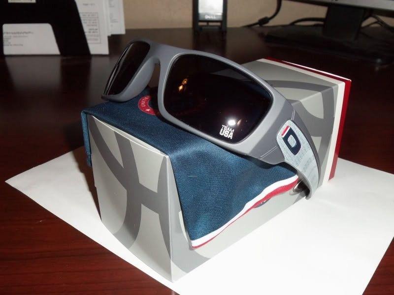 FS: Oakley Team USA Fuel Cell BNIB - da0effef.jpg