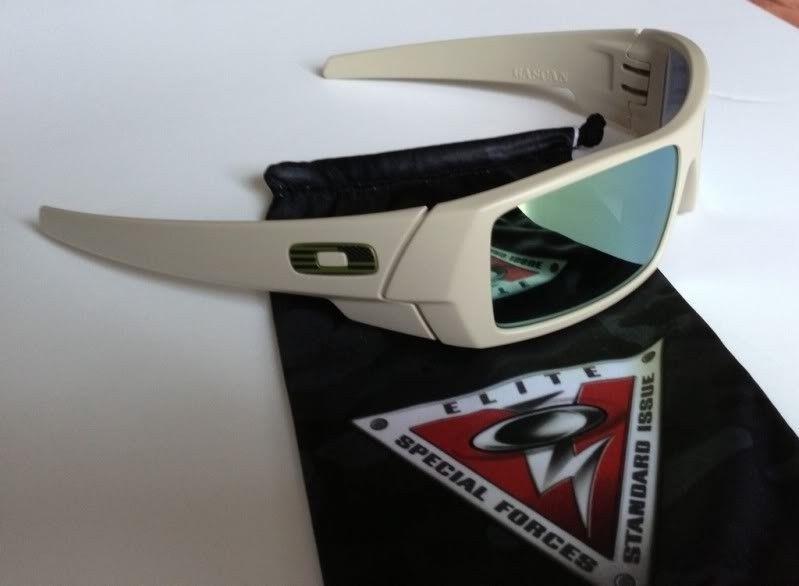 Straight Jackets, Eye Jacket, And SI Gascan - DBDF44D3-BD8F-4EBE-AFC0-BA4401E7F56B-33058-00000969F2F20032_zps0ff2830c.jpg