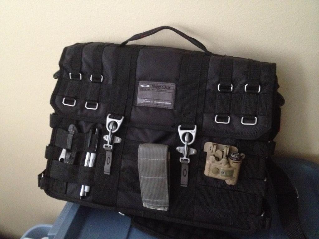 Selling - SI Laptop bag - DE4418E1-1A65-475B-ACF8-6C096658D07D_zps5jc7x5zn.jpg