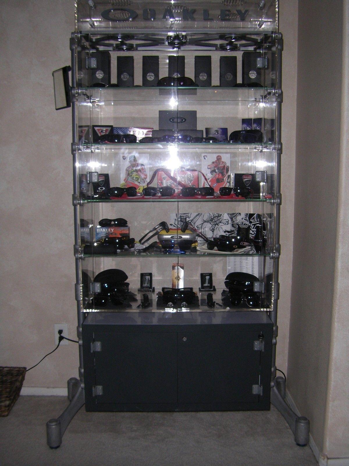 Spine Display Case! - dejl.jpg