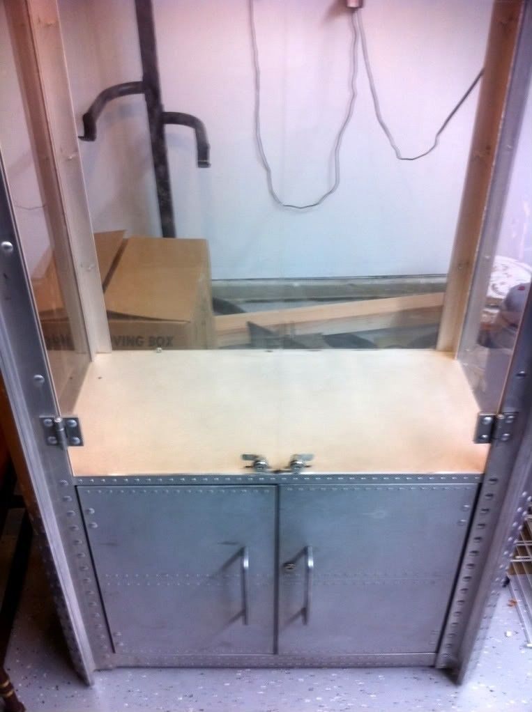Display Cases For Sale 3 Of Them!!!!!!! - Display.jpg