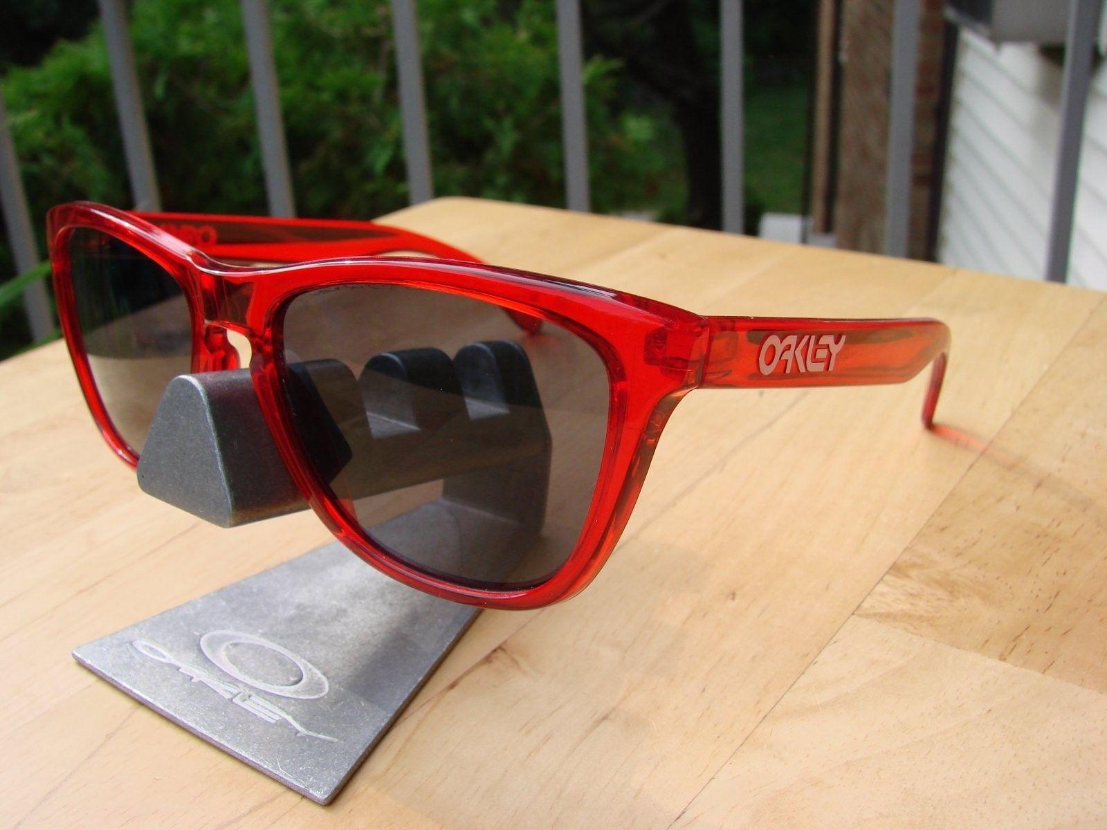SOLD- Crystal Red Frogskins - DSC00003.JPG
