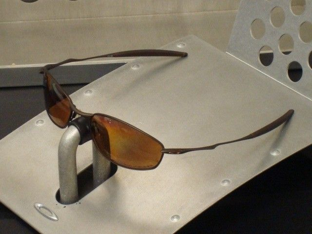 Oakley Whisker Brown / Bronze Polarized - DSC00076_zpsb1b68554.jpg