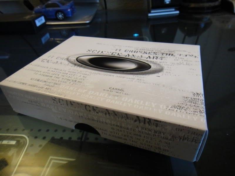 RARE Brand New In Box  ICON CARD CASE (ALUMINUM SUPER RARE) Collectors Item!!!! - DSC00082.jpg