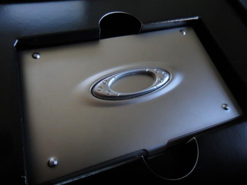 RARE Brand New In Box  ICON CARD CASE (ALUMINUM SUPER RARE) Collectors Item!!!! - DSC00086.jpg