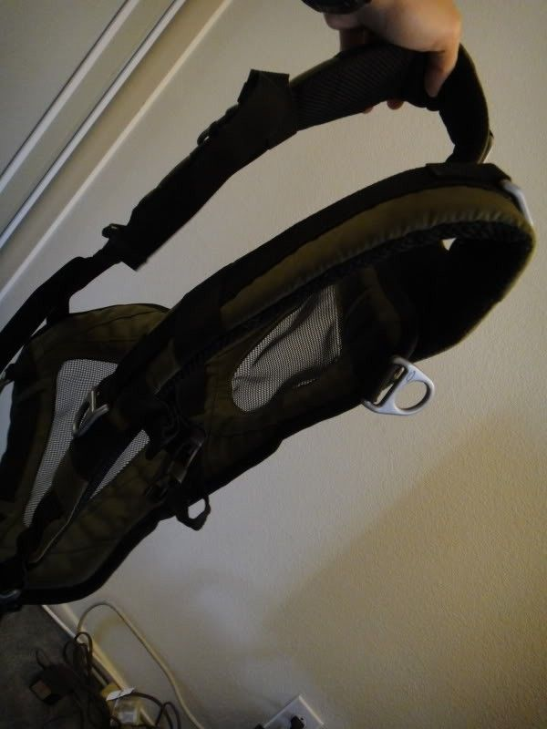 New Without Tags, Oakley Adaptable Payload Backpack In Olive Green/ Dark Fatigue - DSC00092.jpg