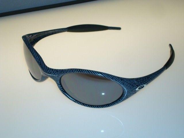 Eye Jacket Fingerprint - DSC00148.JPG