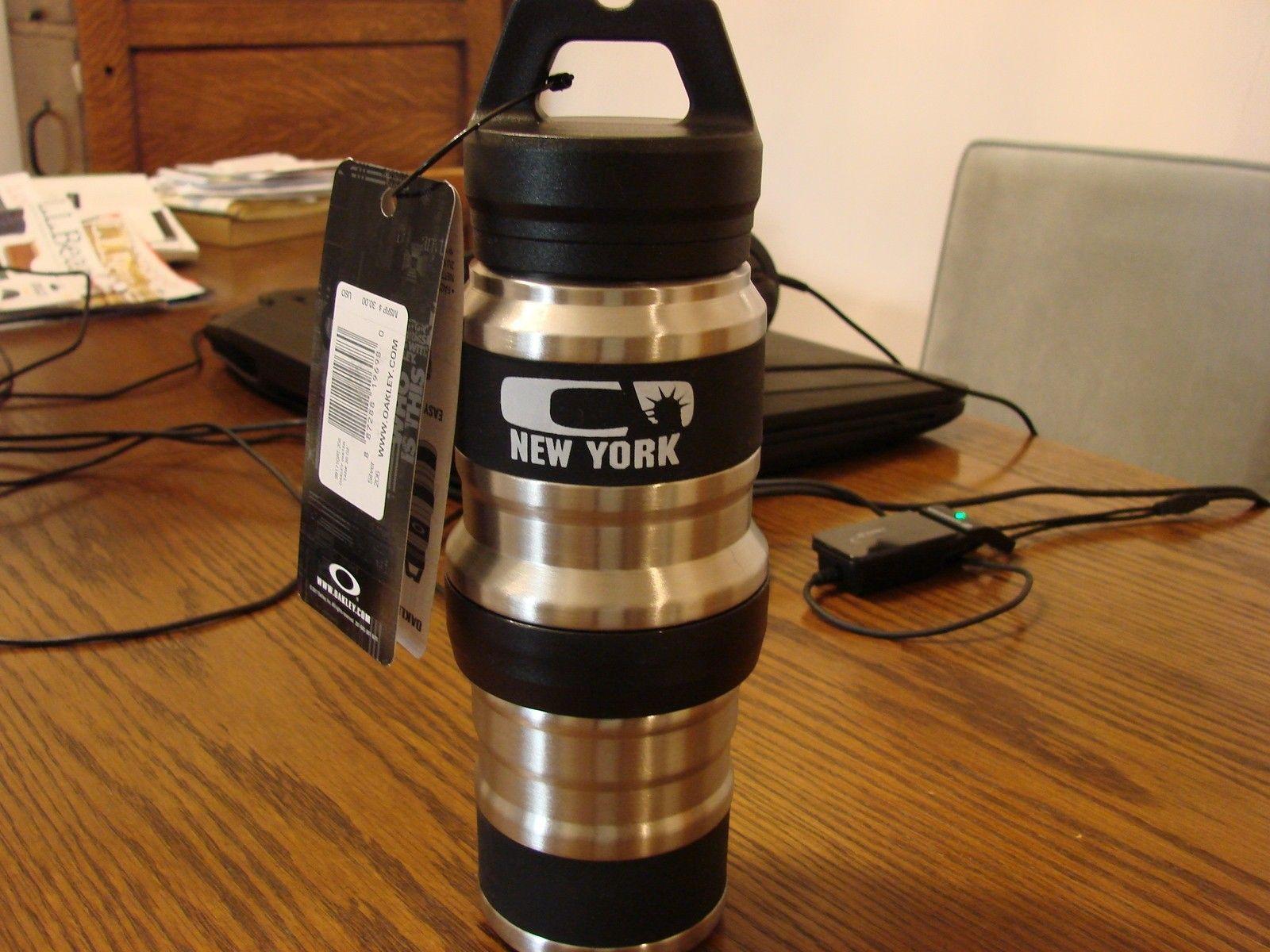 SOLD 20 OZ STAINLESS STEEL NEW YORK CITY WATER TANK - DSC00151.JPG