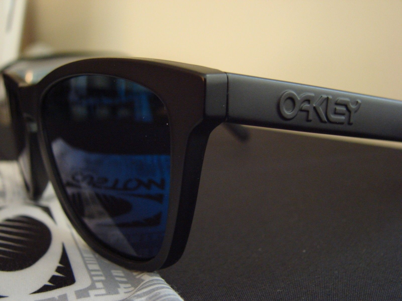 "SOLD - Matte Black OCP ""Stealth"" Frogskins w/Ice Iridium - DSC00165.JPG"