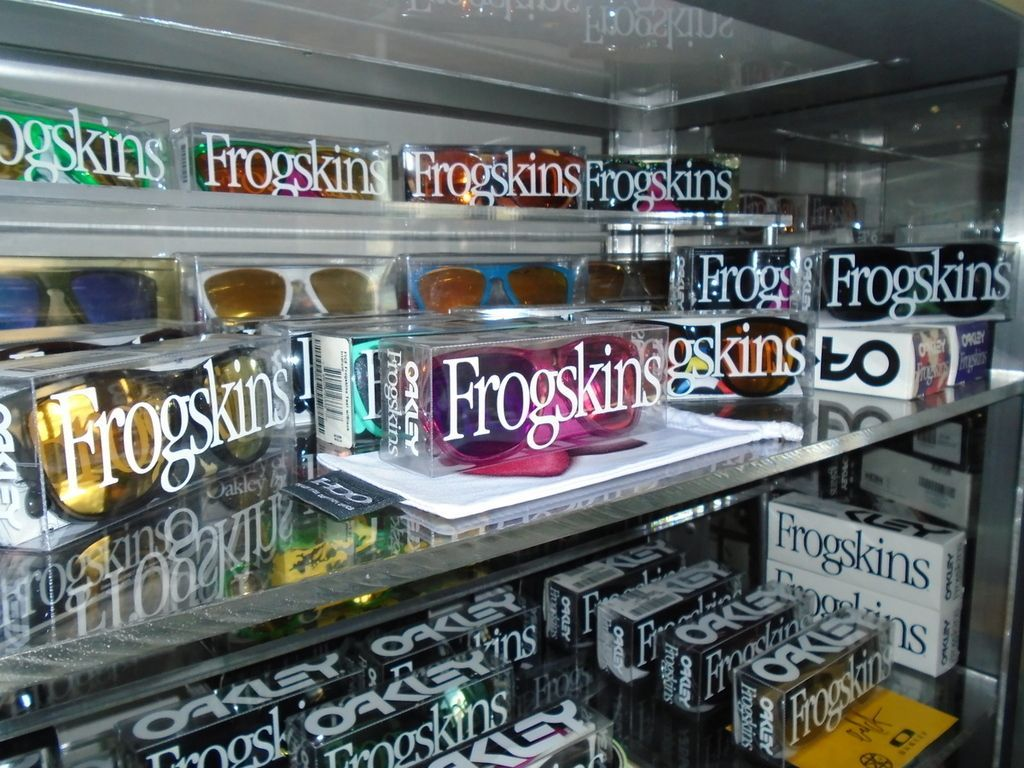 ROMEO VAN FROGSKINSTEIN'S FROGSKINS COLLECTION (AND WANTS LIST). - DSC00320_zpsyblvvykl.jpg