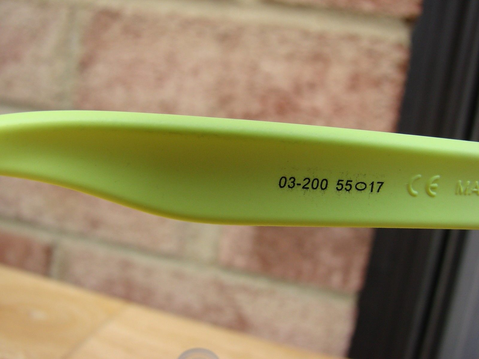 Neon Yellow Frogskins 03-200 - DSC00546.JPG
