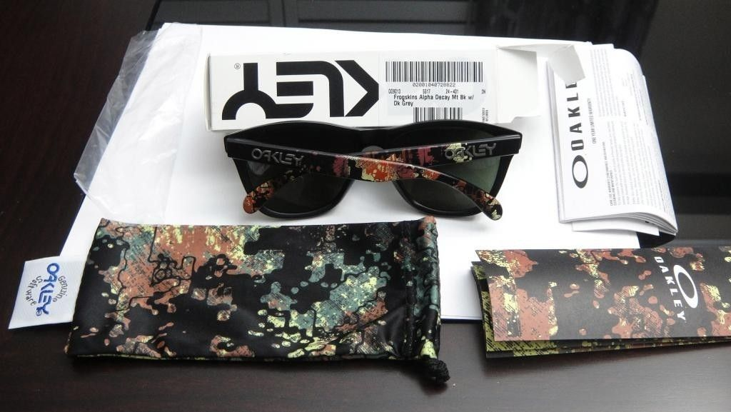 Alpha Decay W/Dark Grey And Acid Pink W/Fire Iridium Polarized - DSC00870.jpg
