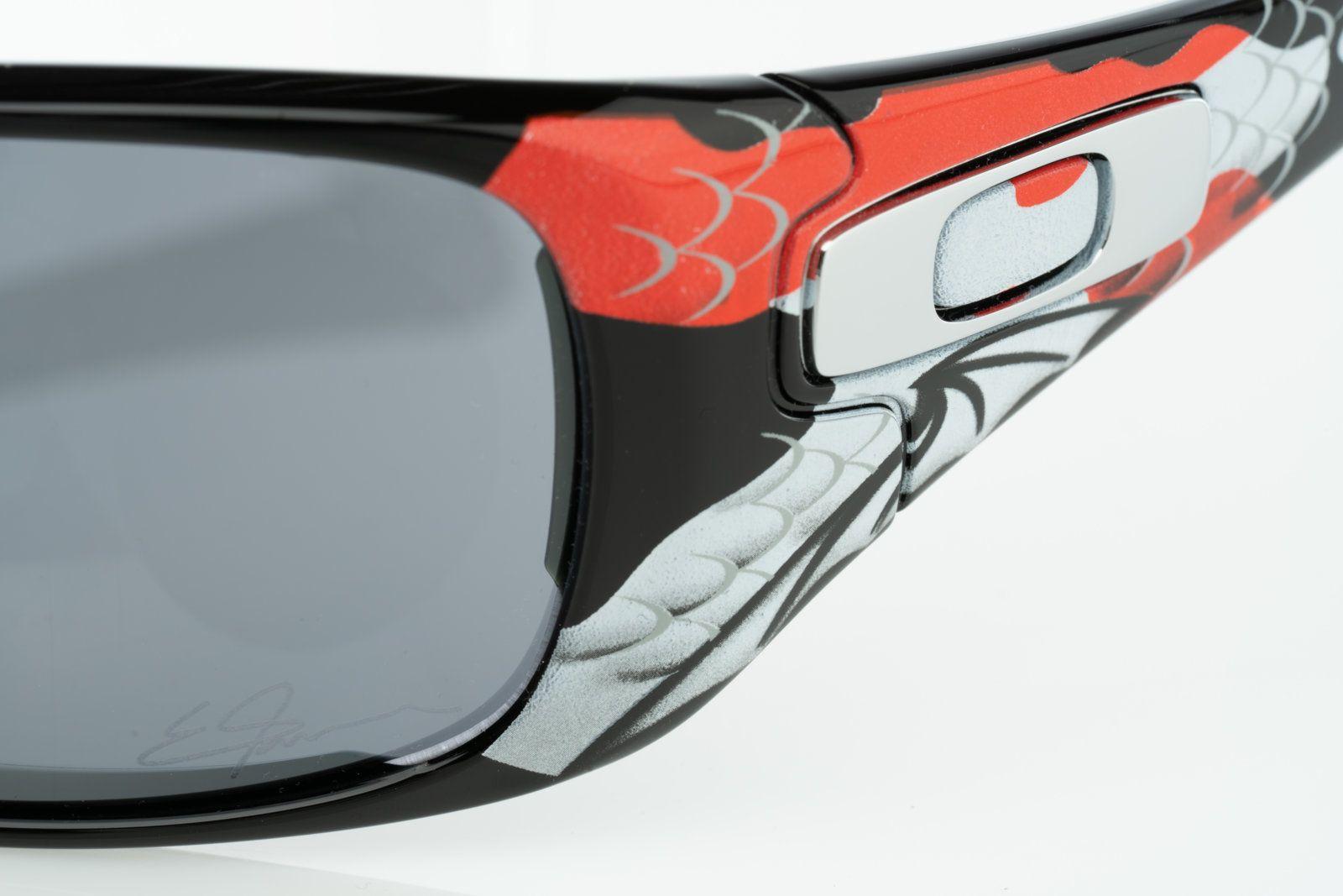 561e2f5a30 NIB Oakley Antix Ernesto Fonsca with Black Iridium 24-163 Serial S000424 -  DSC00925.