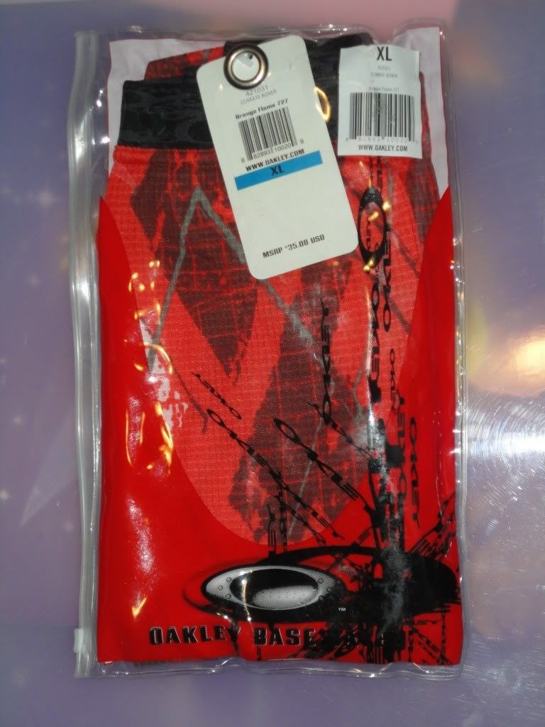NWT Oakley Clothes For Sale Or Trade  !!! - DSC01216.jpg