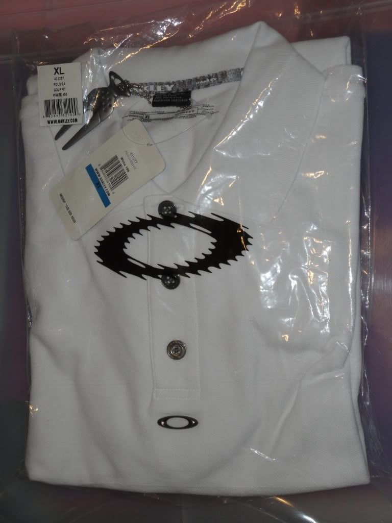 NWT Oakley Clothes For Sale Or Trade  !!! - DSC01219.jpg