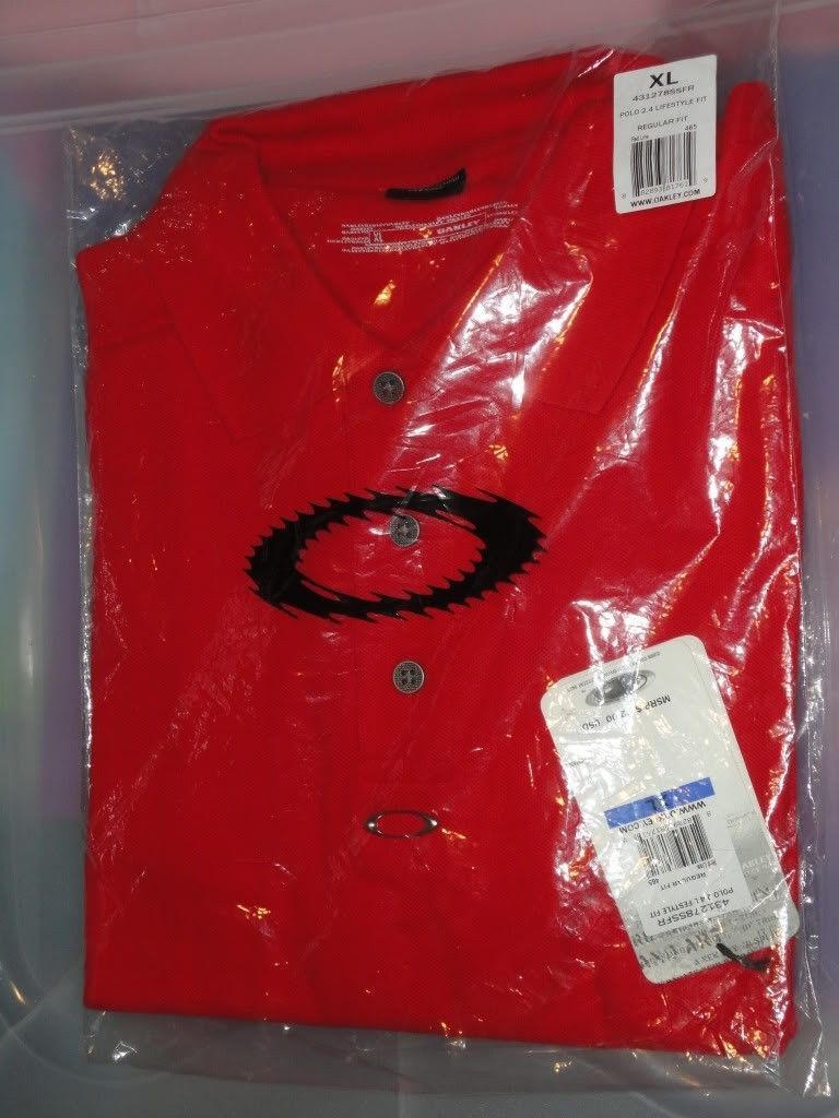 NWT Oakley Clothes For Sale Or Trade  !!! - DSC01225.jpg