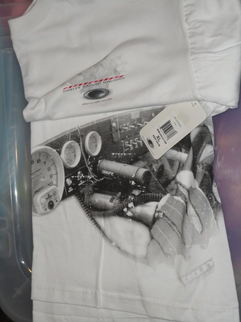 NWT Oakley Clothes For Sale Or Trade  !!! - DSC01226.jpg