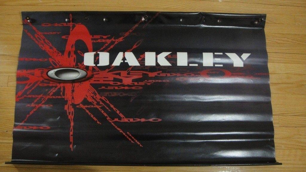 Oakley vinyl banner - DSC01673.jpg