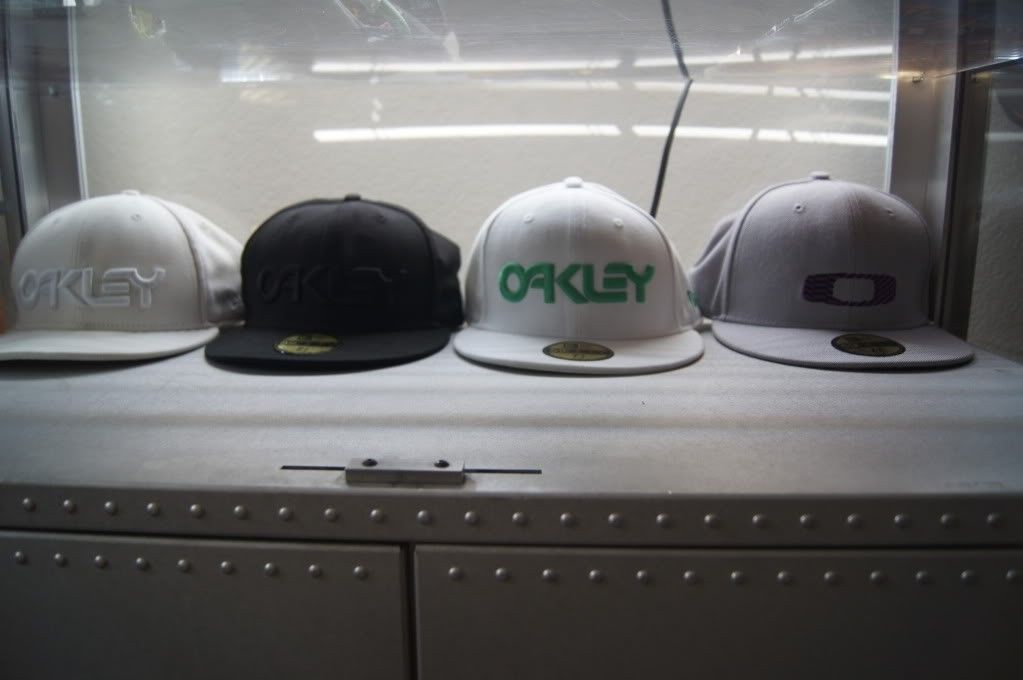 My New Era Oakley  Hats - DSC01748.jpg