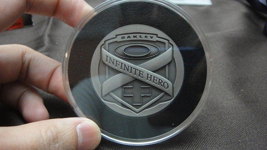 Infinite Hero coins / lanyard - DSC01787.jpg