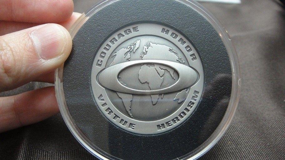 Infinite Hero coins / lanyard - DSC01788.jpg