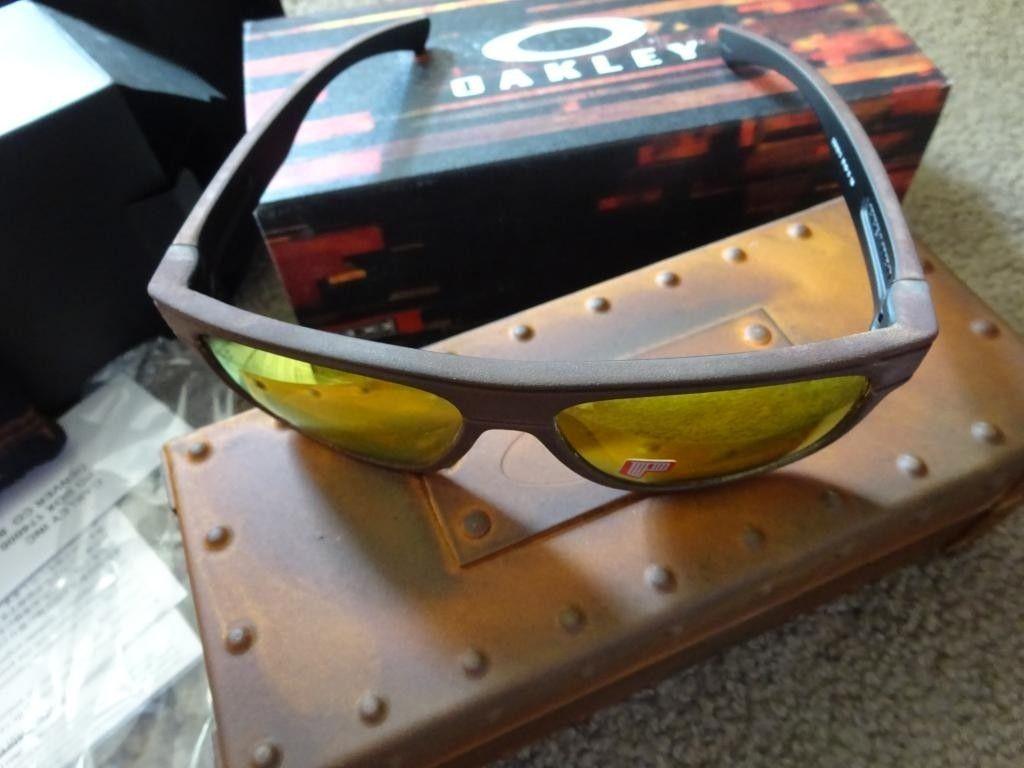 Rust Decay Bread Box - DSC03054_zps82f8ad0d.jpg