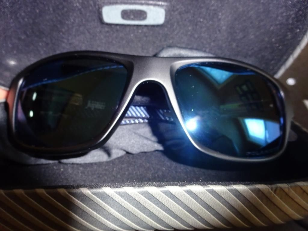 Jupiter Carbon Matte Black Ice Polarized - DSC03081_zps59466b4a.jpg