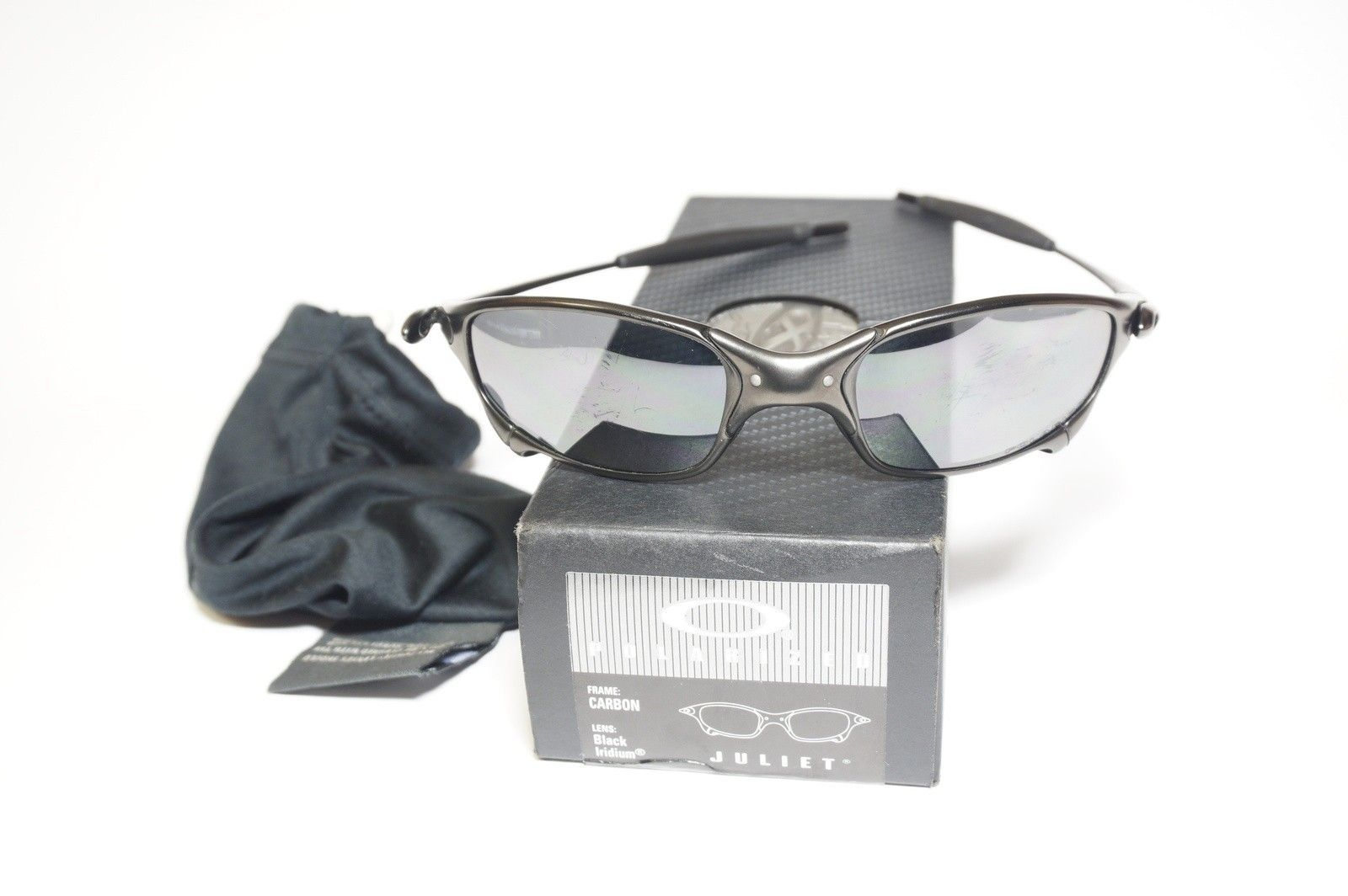 Carbon Juliet with Box and Coin. (SOLD) - DSC03132.JPG