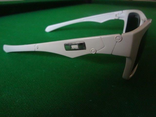 Oakley Jupiter $2.00 - DSC03515.JPG