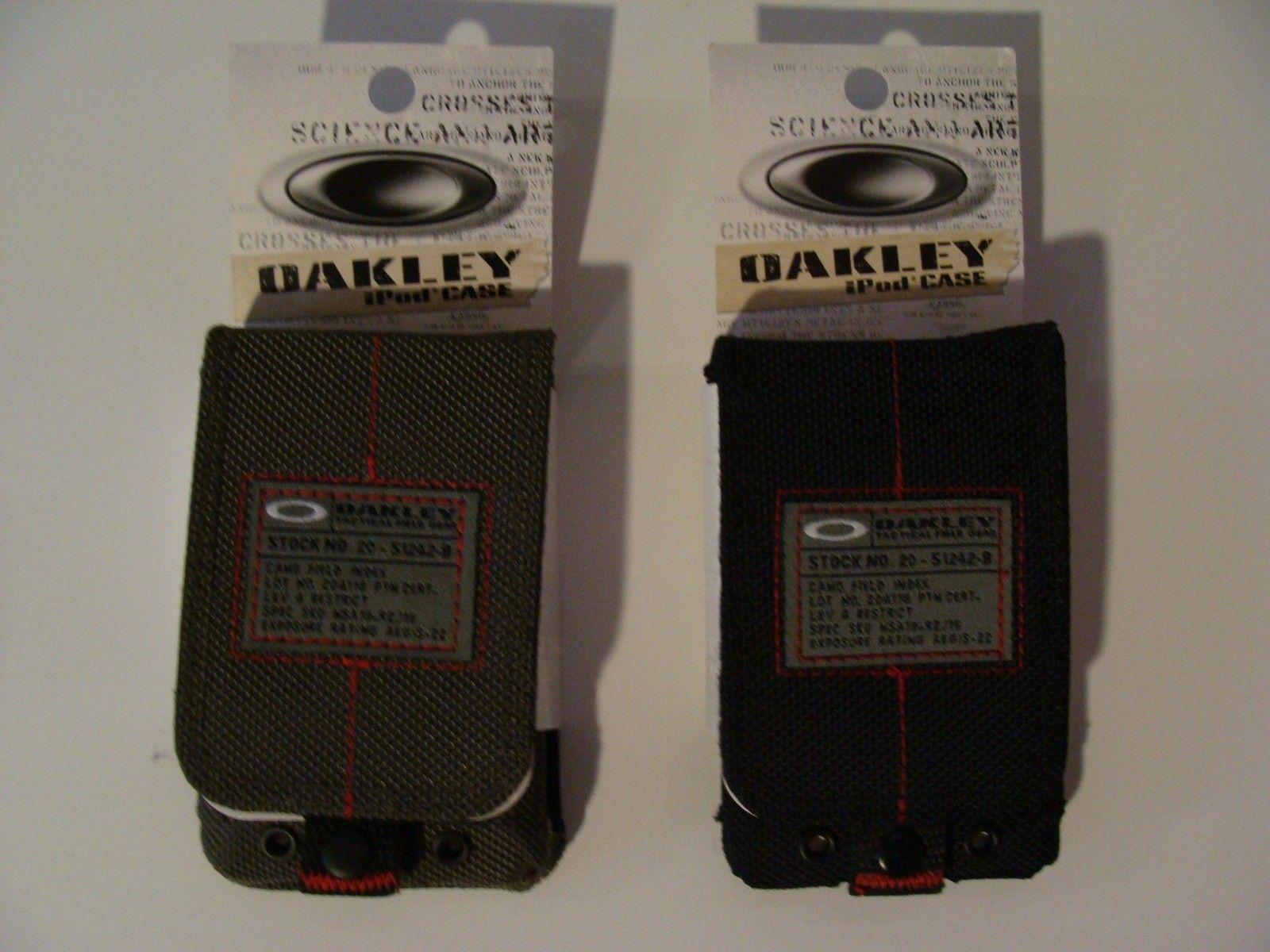 Oakley Original IPod Case-- 1 Black And 1 Grey - DSC04554.JPG