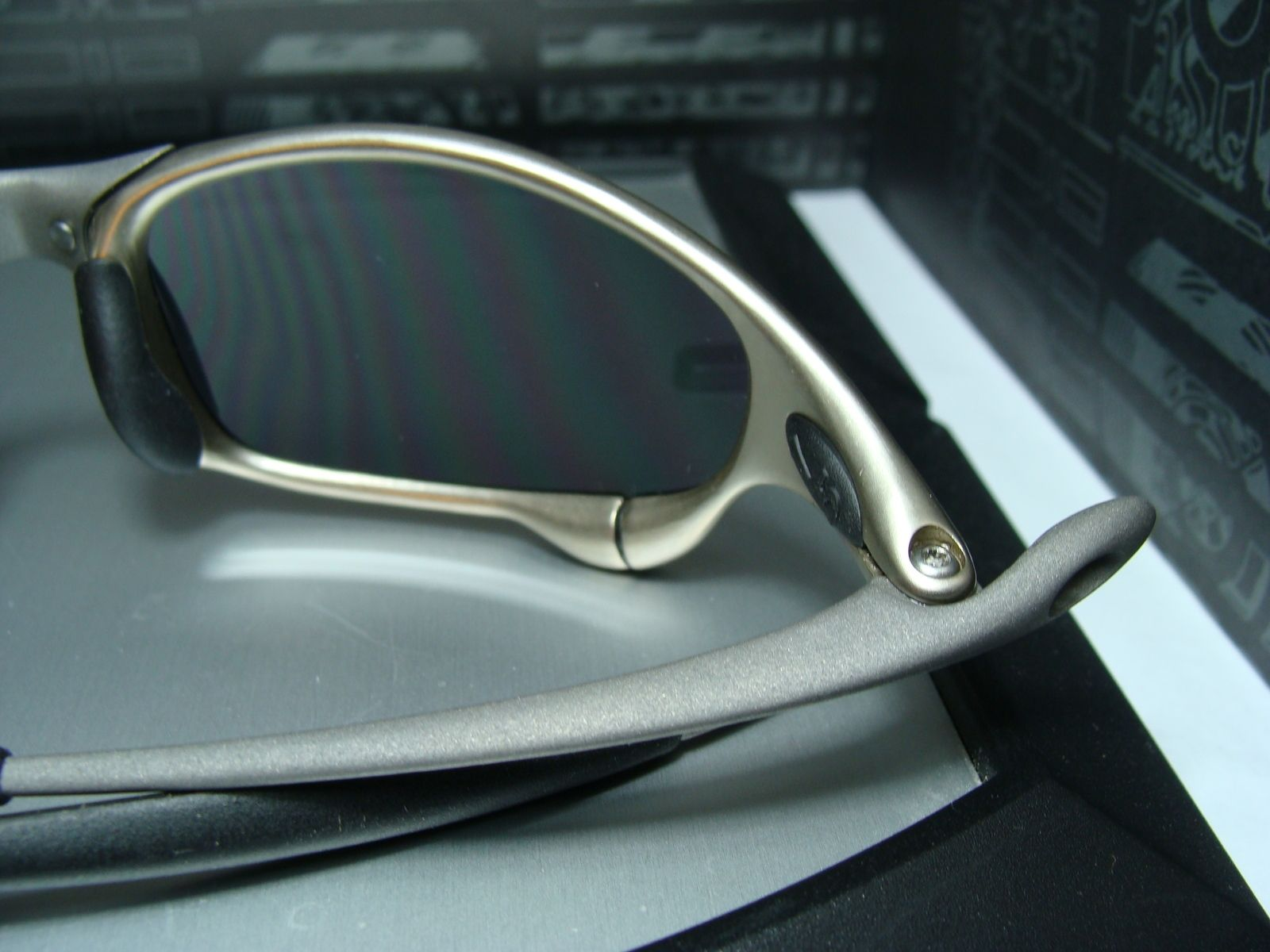 Juliet XMAN Ti-02,  Brand New Plasma Frame Turned Into A Ti-02, W/ New Black Lenses - DSC04876.JPG