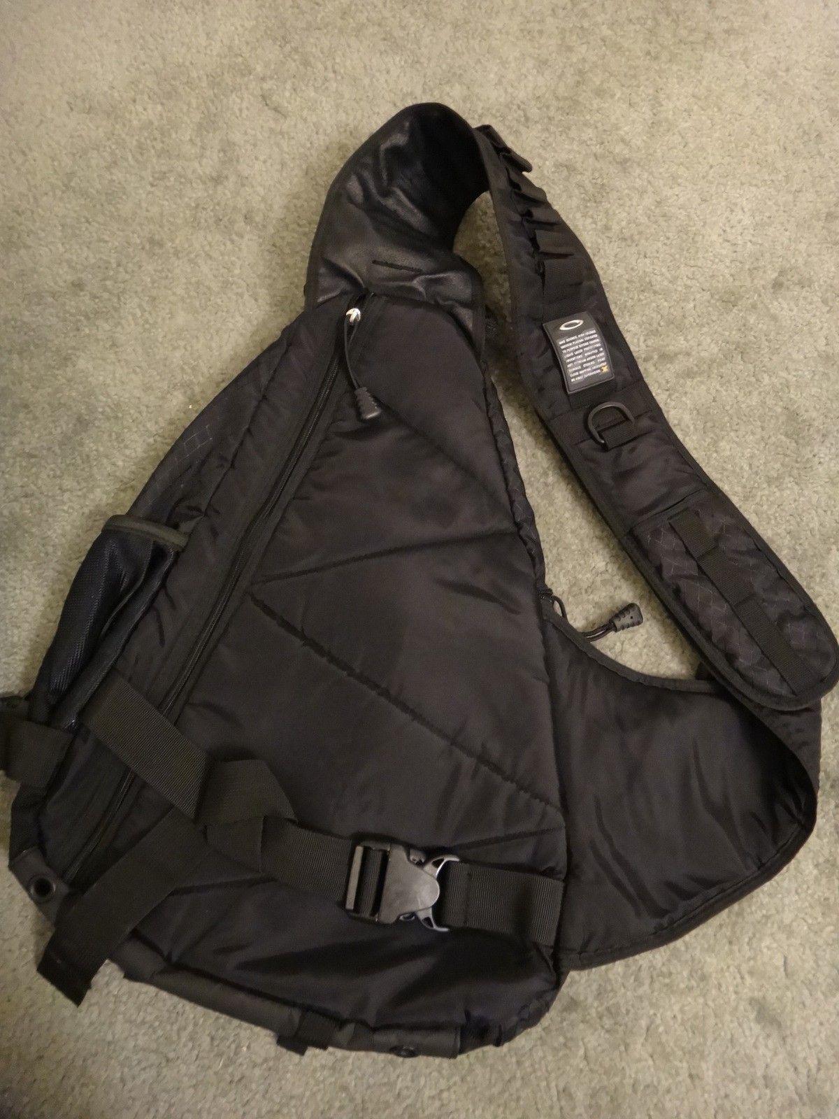 Oakley SANDBAG original full black. Like new. - DSC05693.JPG