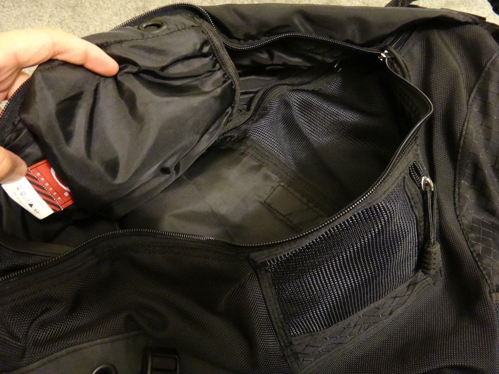 Oakley SANDBAG original full black. Like new. - DSC05696.JPG