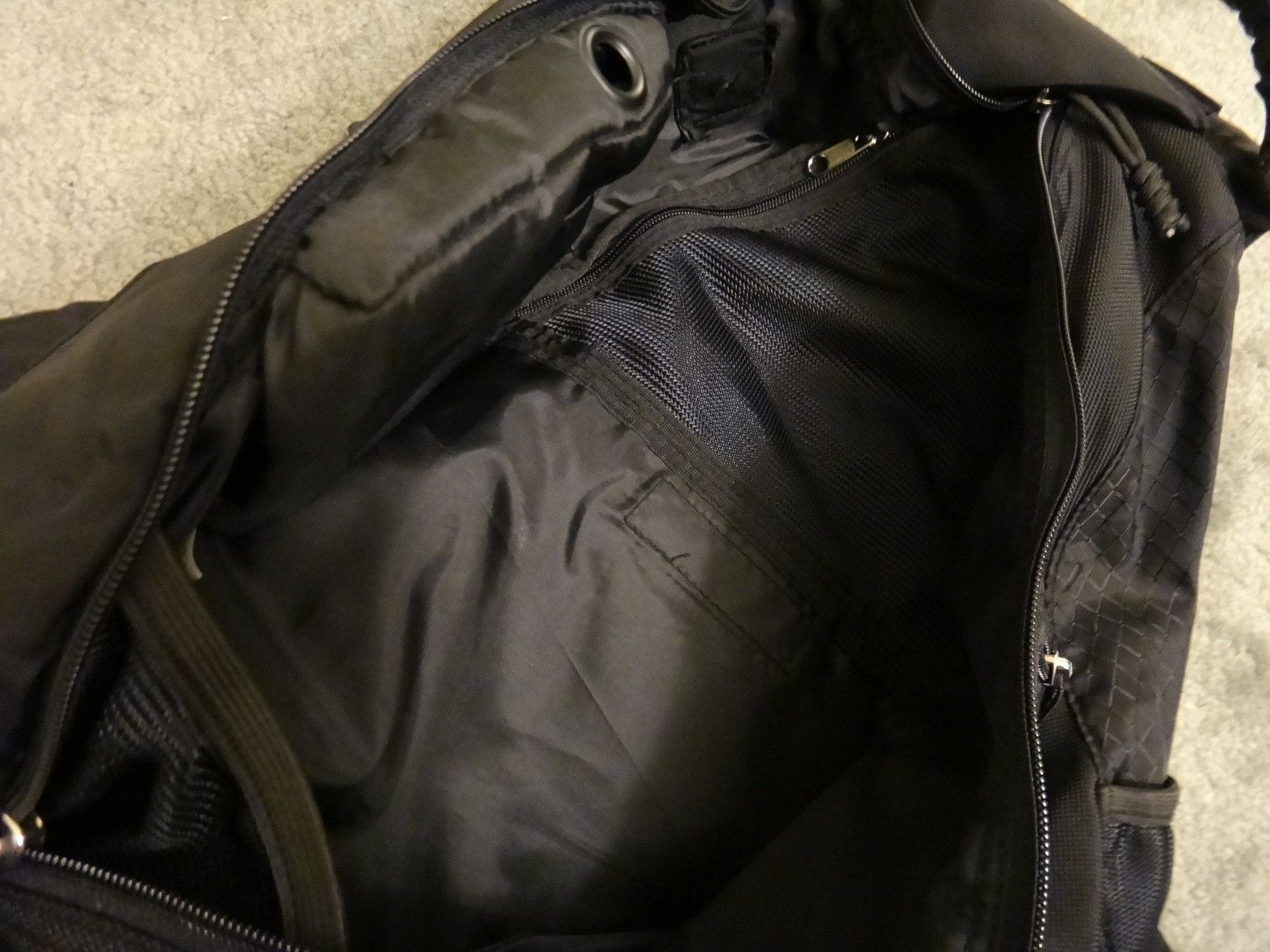 Oakley SANDBAG original full black. Like new. - DSC05698.JPG