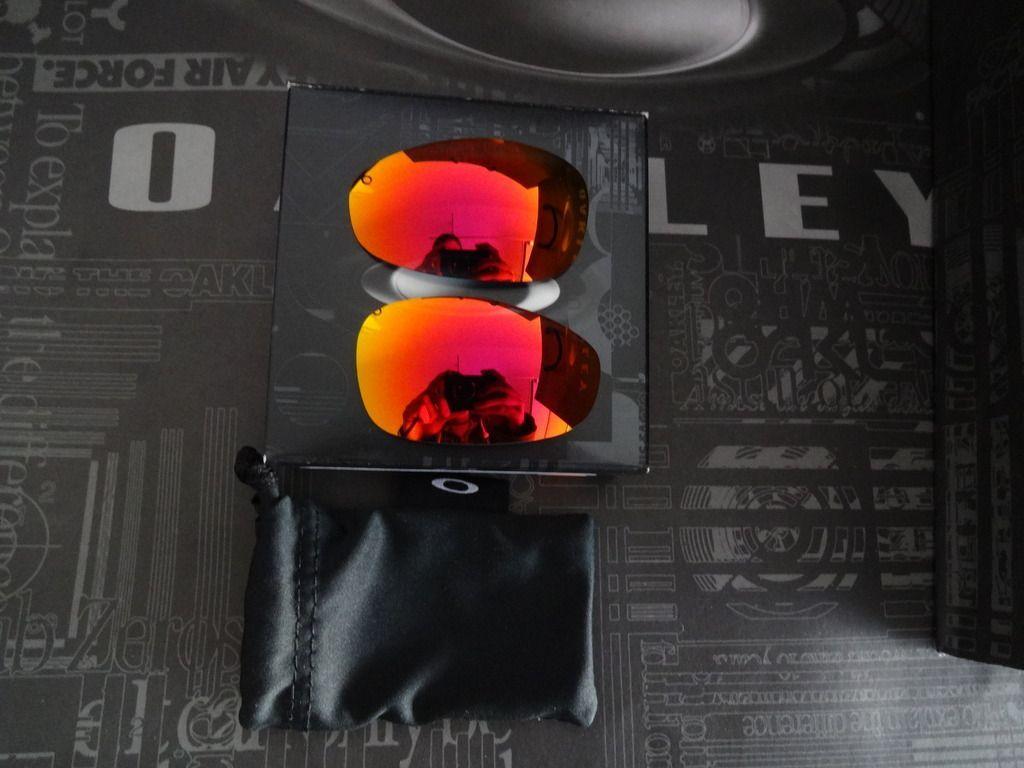 Ruby Juliet lenses, Romeo 2.0 Ruby Lenses, IH pin and poster, box - DSC05892_zpseckvypqs.jpg