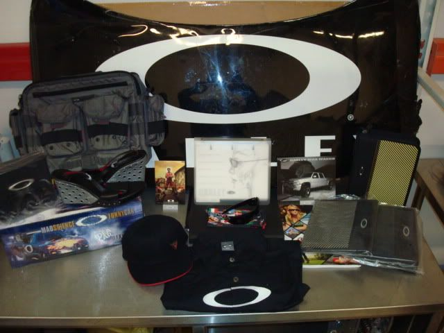 Oakley sponsored NASCAR - DSC06676.jpg