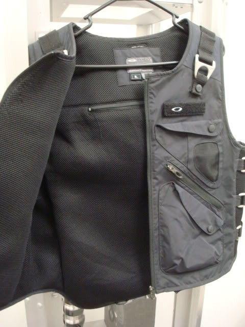 WTS Or WTT: Adaptable Payload AP Vest Size L - DSC07278.jpg
