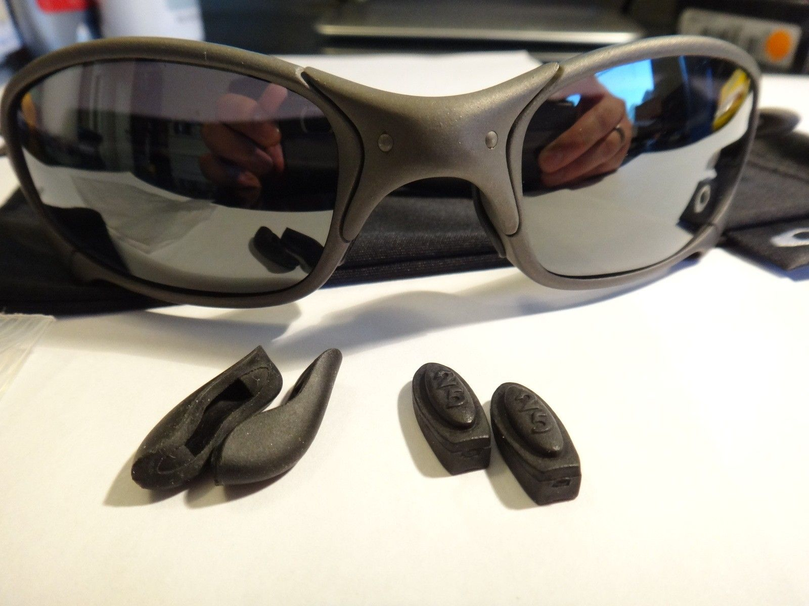 SOLD! 1st gen Juliet X metal/black iridium Serialized original! non polarized - DSC07303.JPG