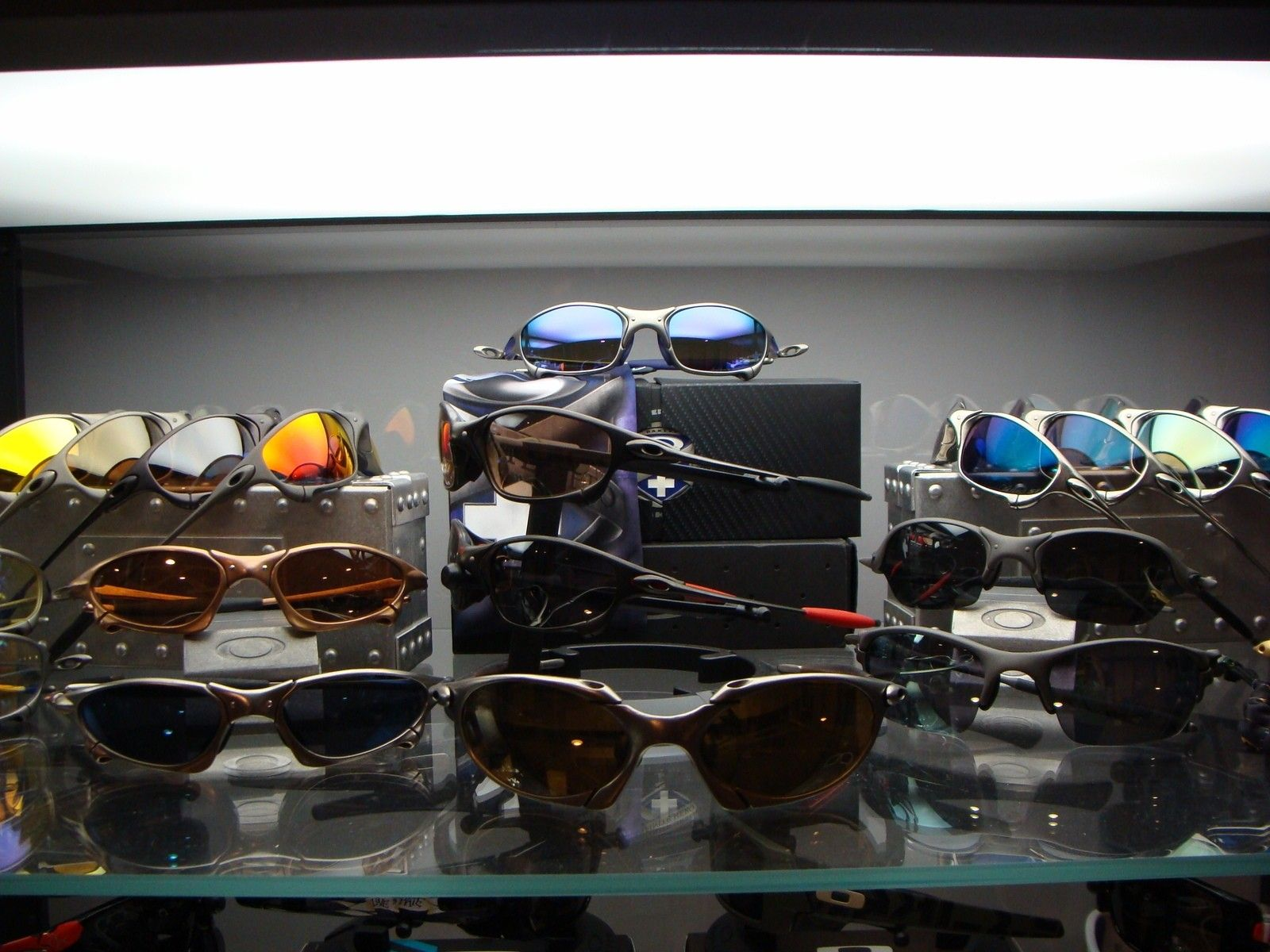Preview Of My Oakley Collection - DSC07634.JPG